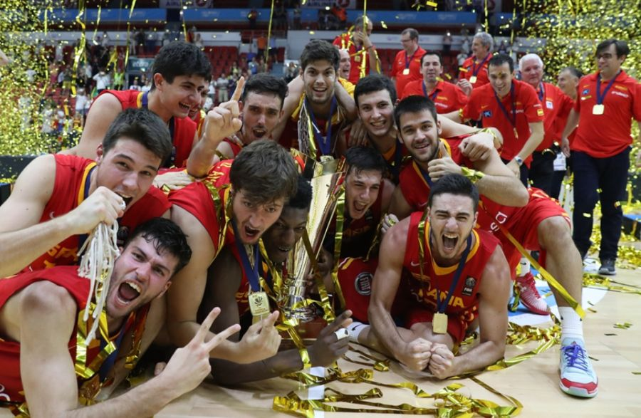 Reprezentacja Hiszpanii do lat 20 (Fot. FIBA.com)