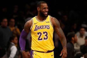 NBA: Lakers lepsi w klasyku, Blazers i Pelicans nie składają broni
