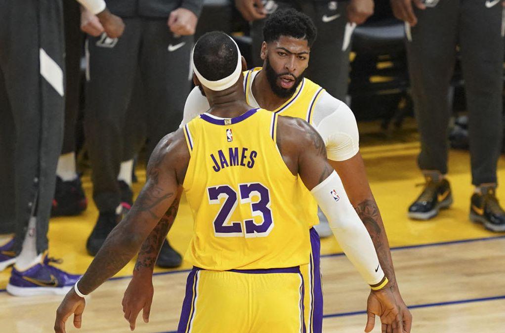 Lakers wyrwali zwycięstwo – mają 3:1 z Denver (WIDEO)