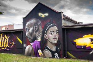 Koszykarski mural w Starogardzie - Kobe i Gianna