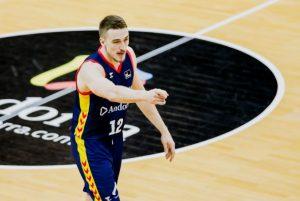 Tomasz Gielo w formie - ważna wygrana Andorry