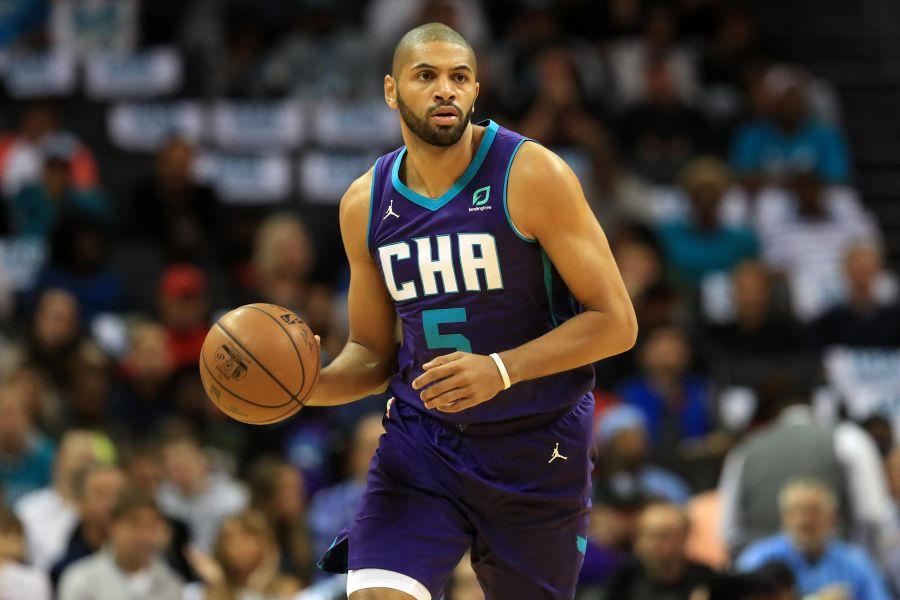 Nicolas Batum - zwolniony z Hornets, zagra w Clippers!