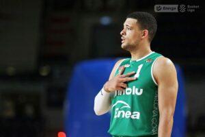 Gabriel Lundberg chwalony - CSKA wygrywa w Pireusie