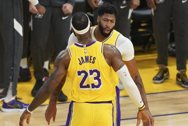 LeBron James i Anthony Davis / fot. wikimedia commons