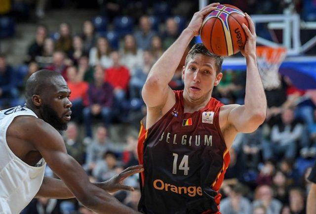 Maxime De Zeeuw / fot. FIBA