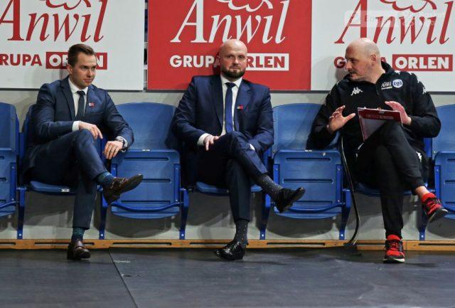 (od lewej) Kamil Sadowski, Marcin Woźniak i Przemysław Frasunkiewicz / fot. A. Romański, plk.pl