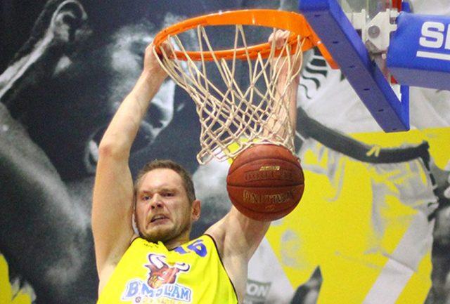 Adam Łapeta (fot. Rafał Jakubowicz Fotografia/bmslamstal.pl)