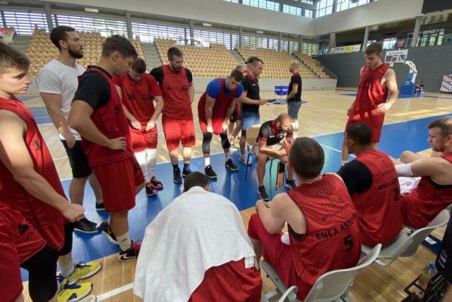 Artur Gronek i jego zespół / fot. Enea Astoria Bydgoszcz