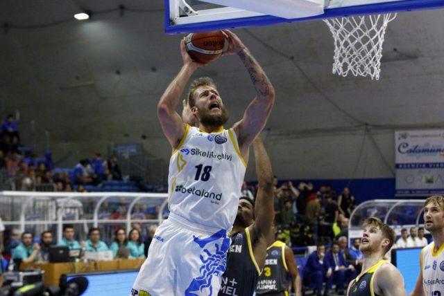 Jakub Wojciechowski (fot. basketballcl.com)