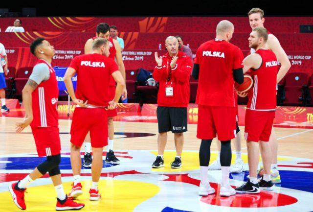Trener Mike Taylor i reprezentanci Polski / fot. A. Romański, plk.pl
