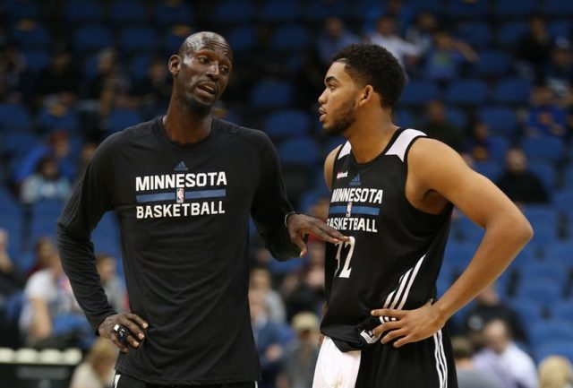 Kevin Garnett i Karl-Anthony Towns