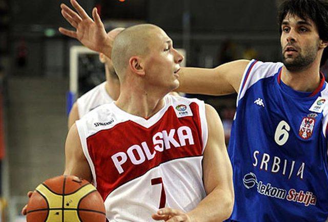 Krzysztof Szubarga i Milos Teodosić (fot. FIBA.com)