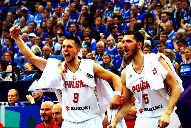 Mateusz Ponitka i Aaron Cel (fot. Andrzej Romański/PZKosz.pl)