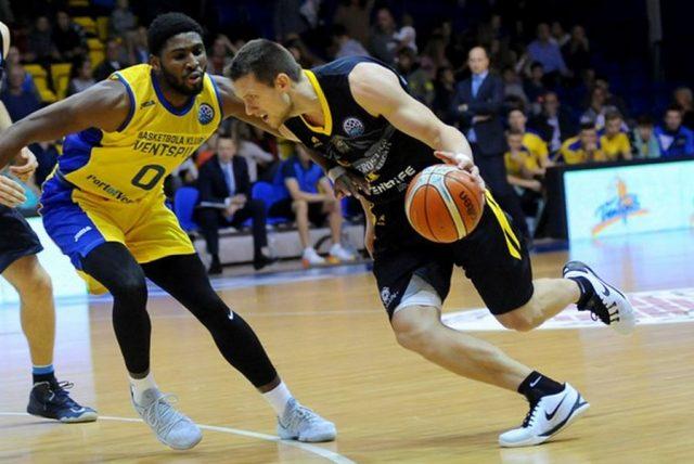 Mateusz Ponitka (fot. basketballcl.com)