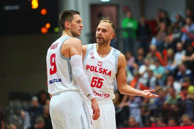 Mateusz Ponitka i Łukasz Koszarek / fot. A. Romański, PZKosz