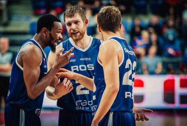 Kevin Punter, Michał Sokołowski, Daniel Szymkiewicz (fot. basketballcl.com)