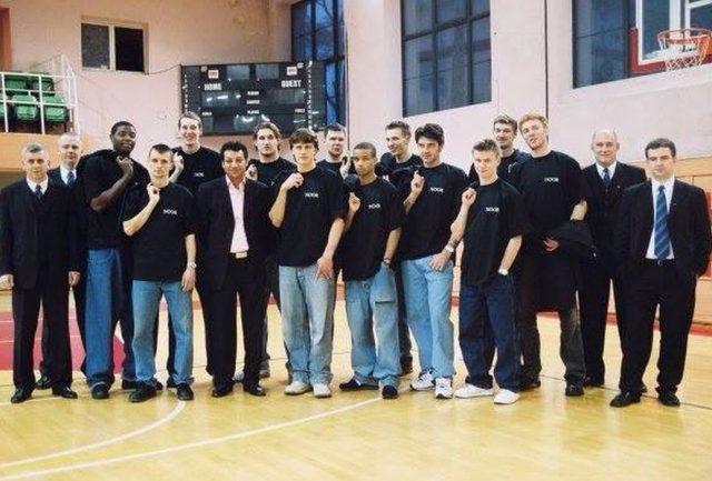 Śląsk Wrocław z sezonu 2003/04 (fot. archwium Macieja Zielińskiego)
